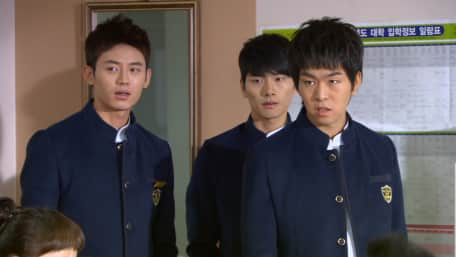Stream and watch full TV Series School 2013 online with